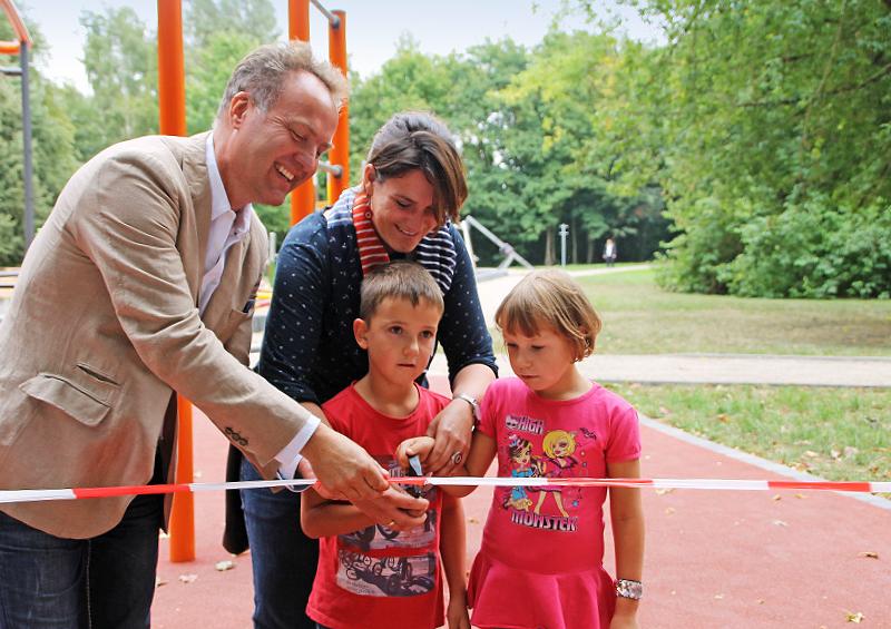 Mehrgenerationen-Aktivplatz Rostock Südstadt Eröffnung Matthäus